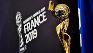 给女足球队加奖金并升舱 FIFA要平衡男女足世界杯