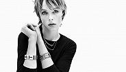 超模Edie Campbell呼吁时装周为模特提供私人换装区域