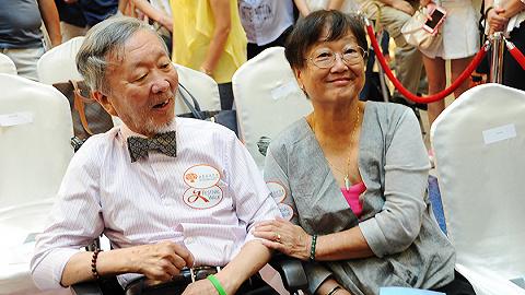 """诺贝尔物理学奖得主、""""光纤之父""""高锟离世,享年84岁"""