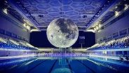 """【发现好物】这座移动的月球博物馆不仅陪你在""""水立方""""过中秋,还将巡回全世界"""