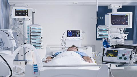 """【评论】75天花170万的住院收据背后,""""看不起病""""应该靠什么解决"""