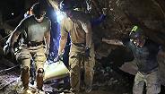 少年被打针安睡、潜水员施救遇险:泰国洞穴救援的真相原来是这样