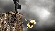 公共债务首破22万亿美元,恐危及美国经济前景