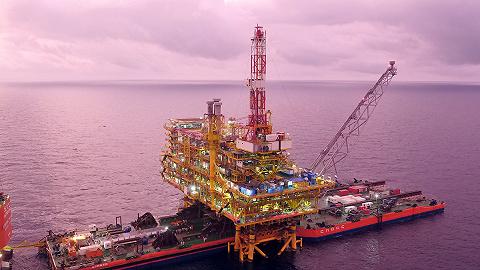 南海新增超级海洋油气平台,重量与轻型航母相当