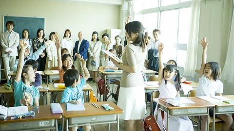 北大清华研究生去中学当老师,亏不亏?